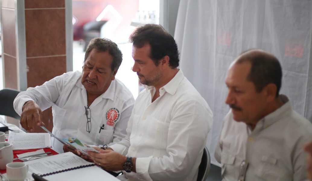 Impulsa Pedro Joaquín contratación de mano de obra local para fortalecer la economía de la gente de Cozumel