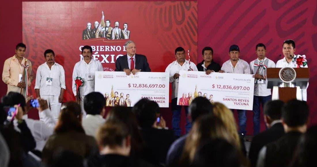 Entregan recursos de subasta a municipios pobres de Oaxaca