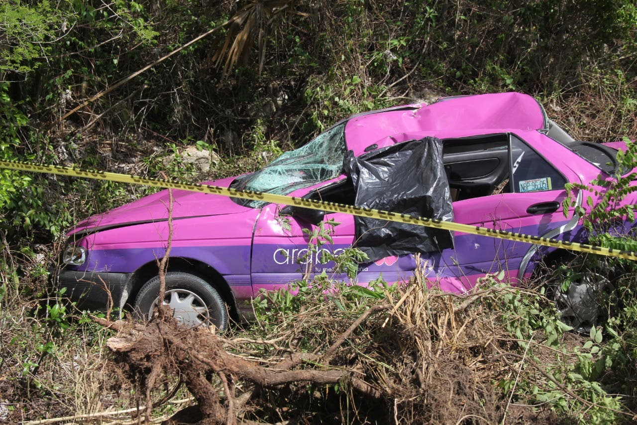 El accidente ocurrió en el kilómetro 92 + 300 de la carretera Chetumal-Mérida