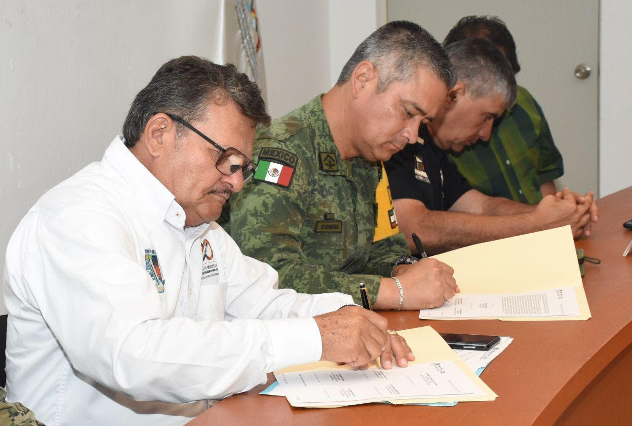 Instalan en Cozumel y Puerto Morelos Comités antihuracanes