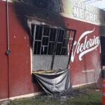 Incendian bar en Hidalgo; saldo de 3 muertos y plagian al dueño