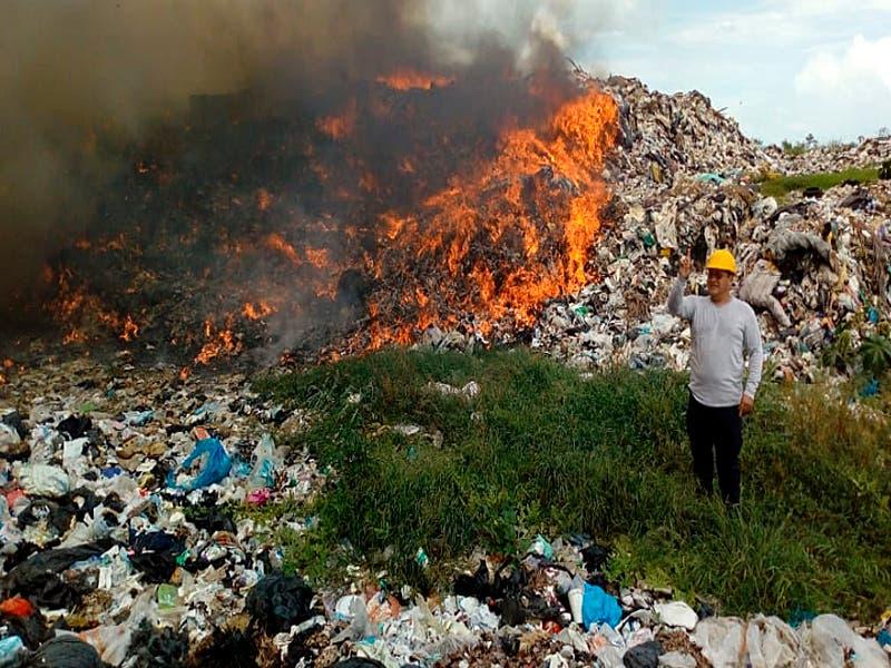 De nueva cuenta se incendia el basurero de Chetumal