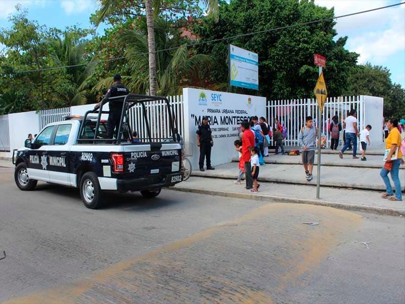 presupuesto superior a los 100 millones de pesos para atender las remodelaciones de poca más de 200 escuelas