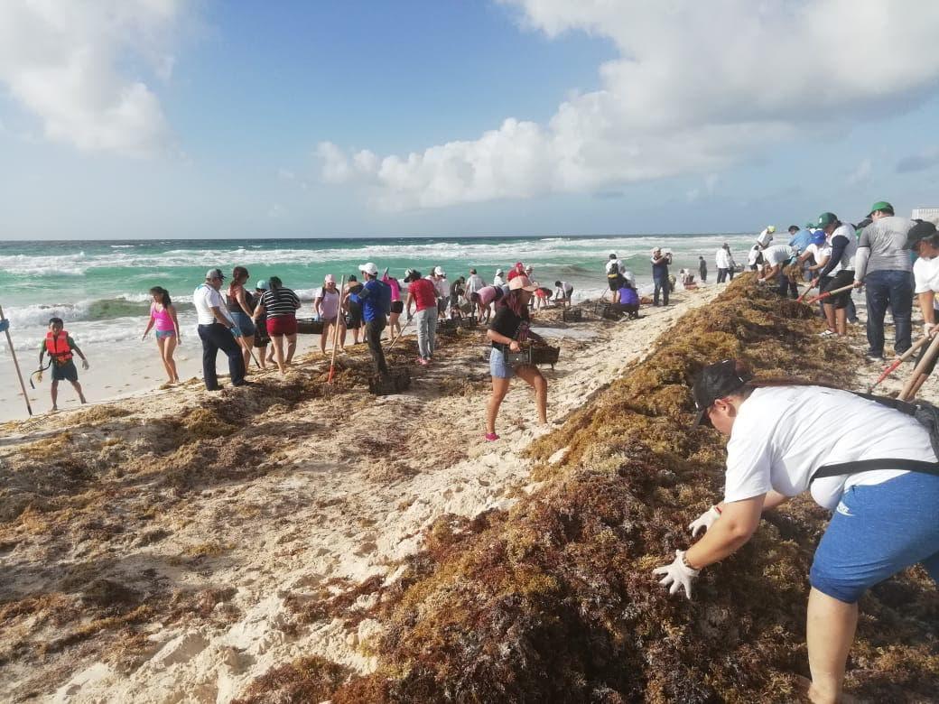 Se suman a las jornadas sabatinas de limpieza de playas