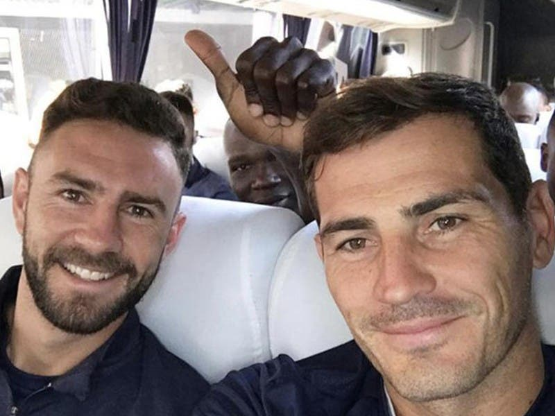 Liga MX: Iker Casillas apoya a Miguel Layún tras padecer cáncer