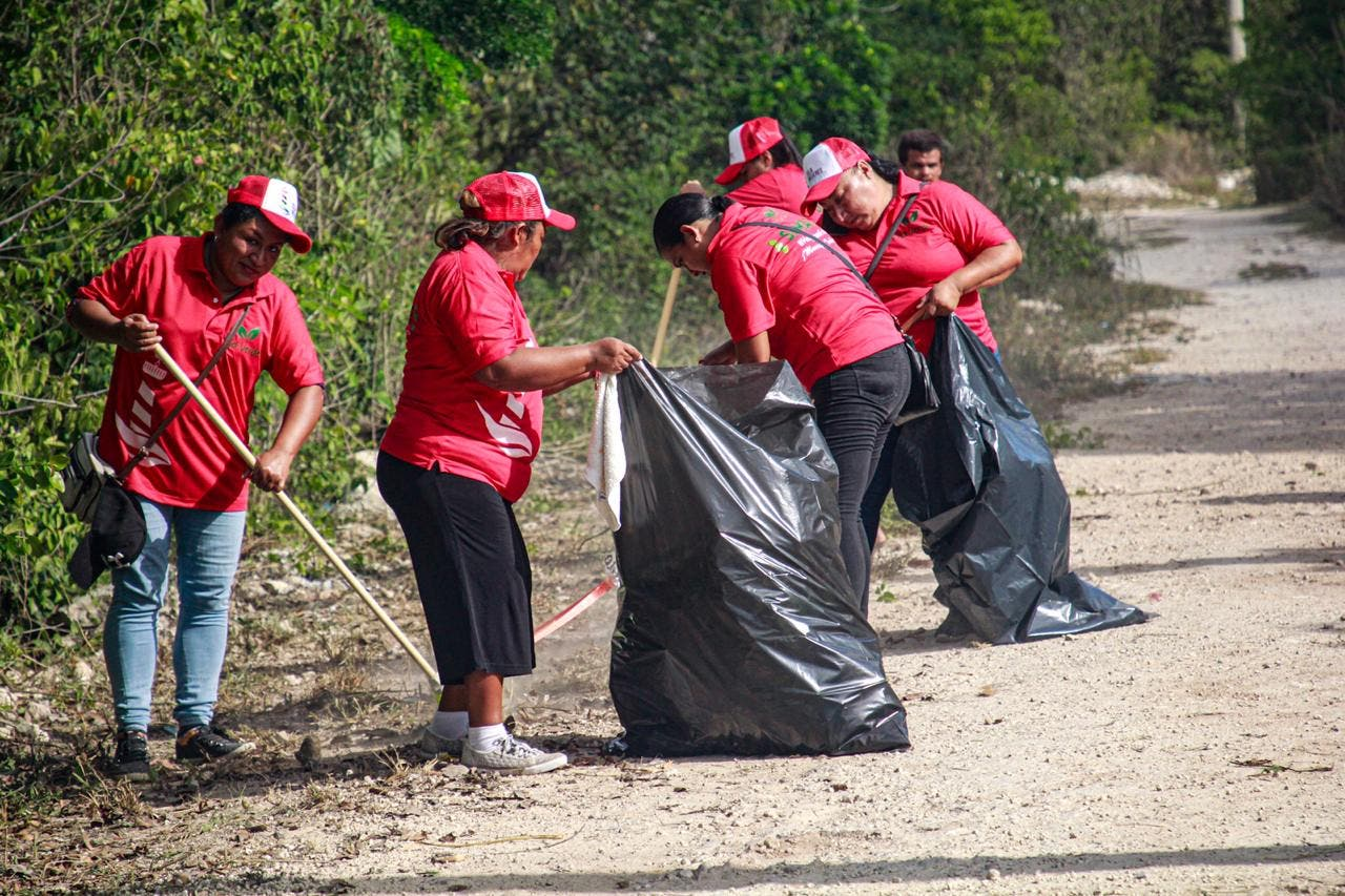 Jornada de limpieza en Rancho Viejo