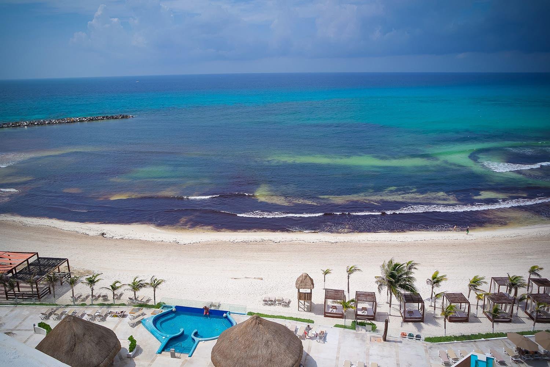 """Visualizan """"Gran mancha"""" de sargazo que llegaría a Quintana Roo esta semana"""