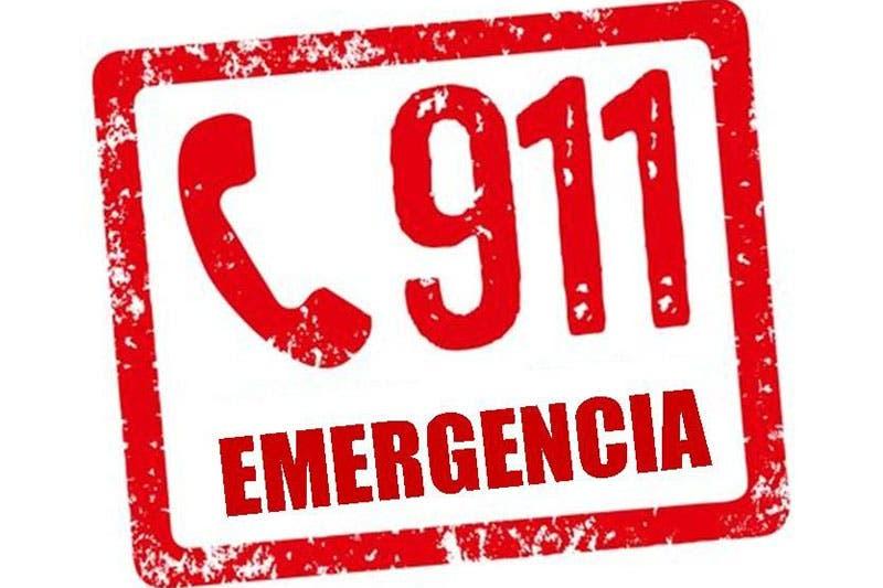 Reportaron al 911 ataque a balazos a los pasajeros del vehículo
