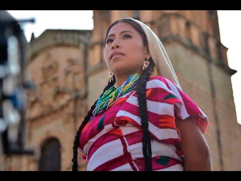 Hasta 31 mil pesos por ver a Yalitza en la Guelaguetza