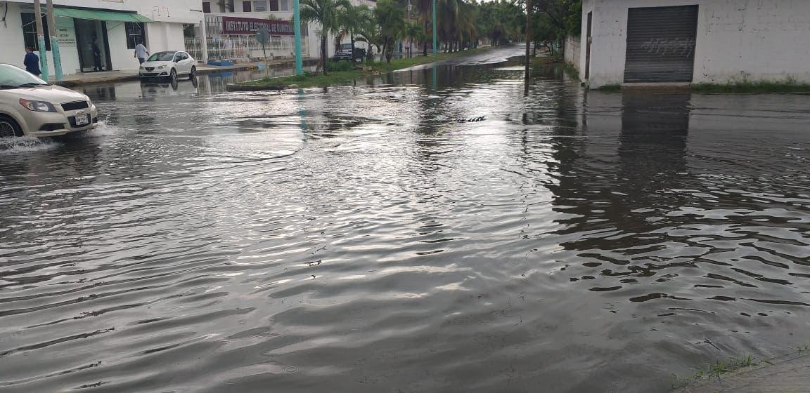Graves inundaciones en Chetumal afectan elecciones
