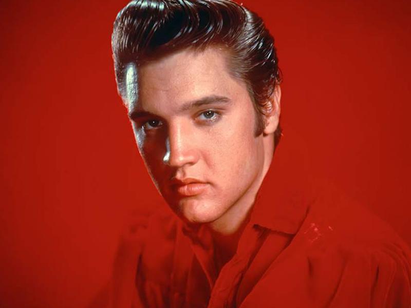 Nieto de Elvis Presley muestra tremendo parecido al cantante