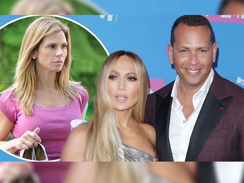 Jennifer López y la ex esposa de Alex Rodríguez posan juntas en una fotografía