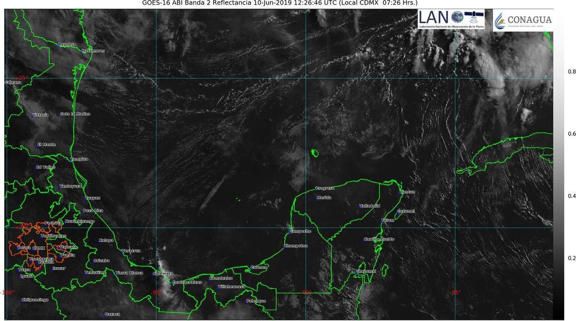 El pronóstico para hoy lunes en Yucatán, indica que podría aumentar el calor, además que por la tarde existe la posibilidad que se presenten lluvias.