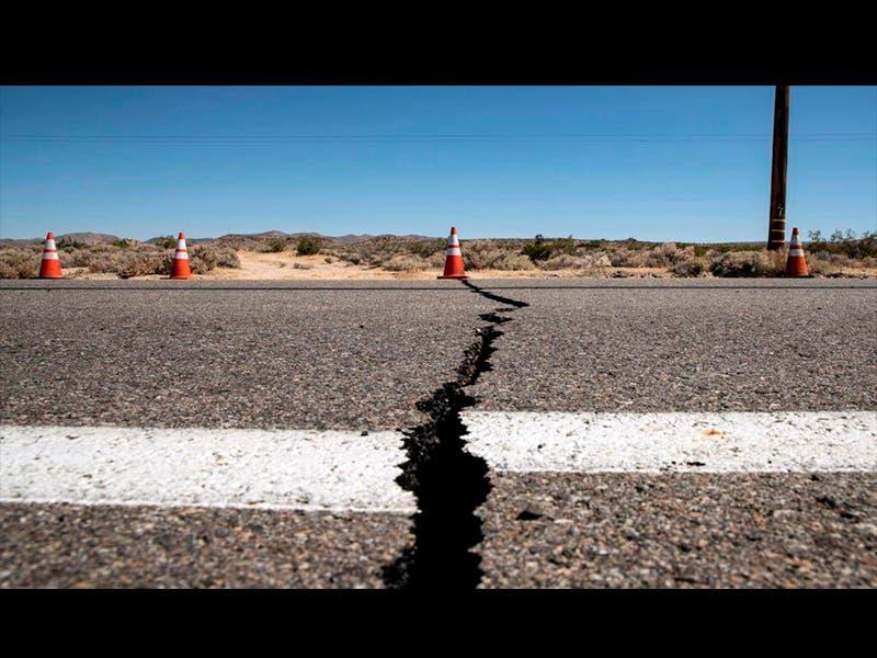 California en alerta máxima tras segundo sismo