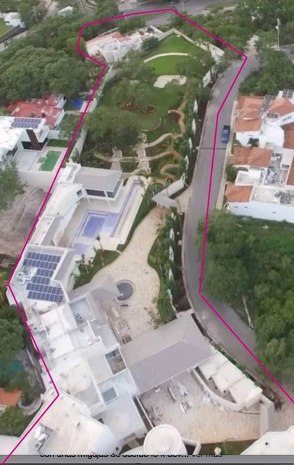 """Una mansión que según Alejandro Moreno fue producto de una """"donación""""."""