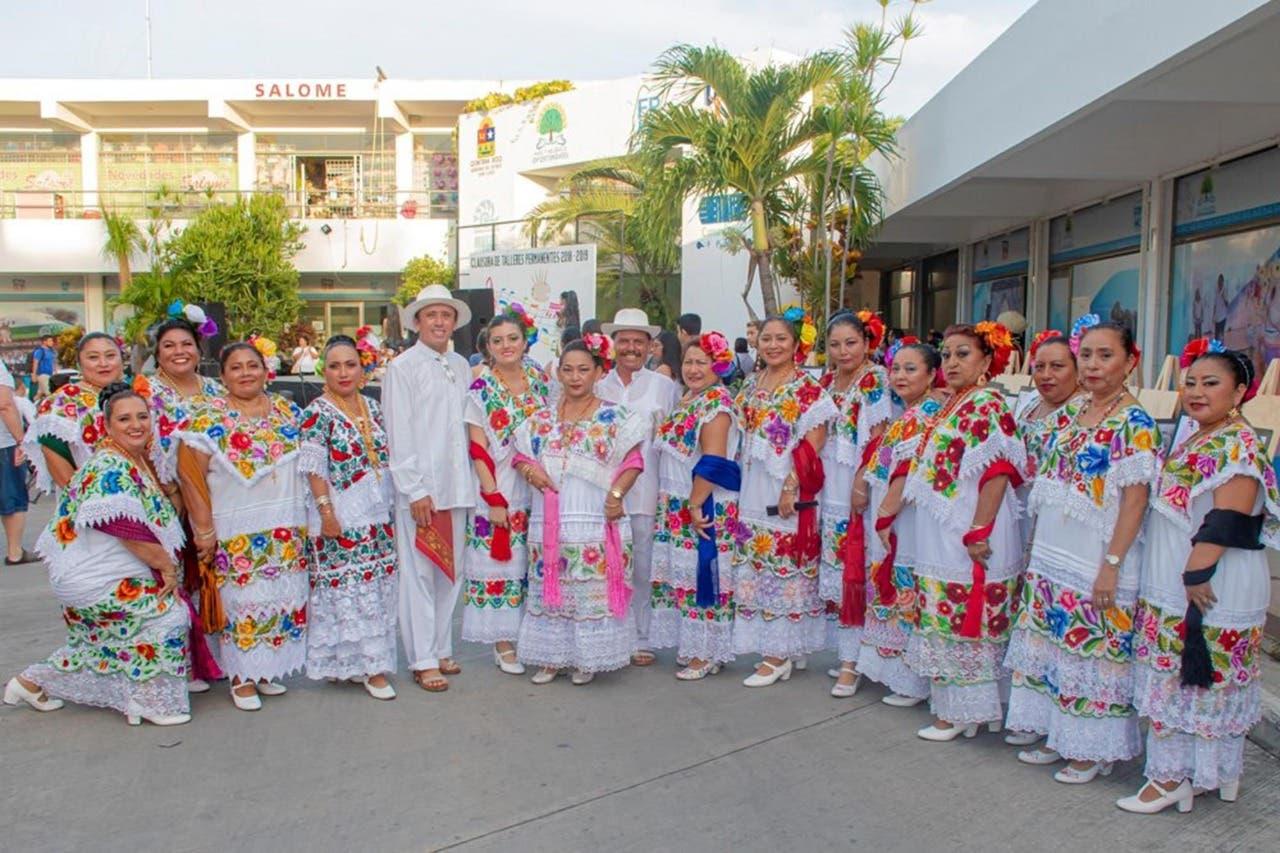 La FPMC realizó la clausura de sus talleres artísticos