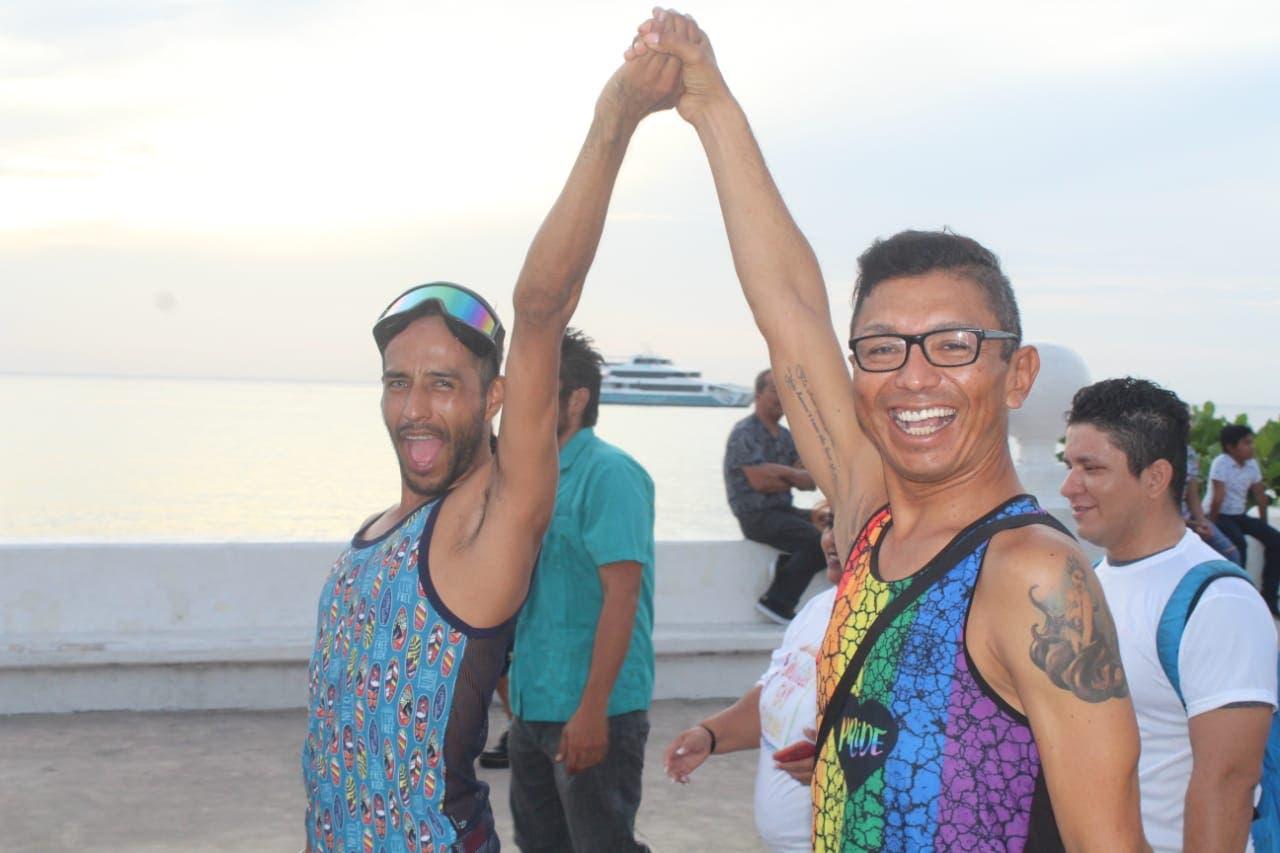 Celebración de la lucha contra la discriminación de la comunidad lésbico gay.