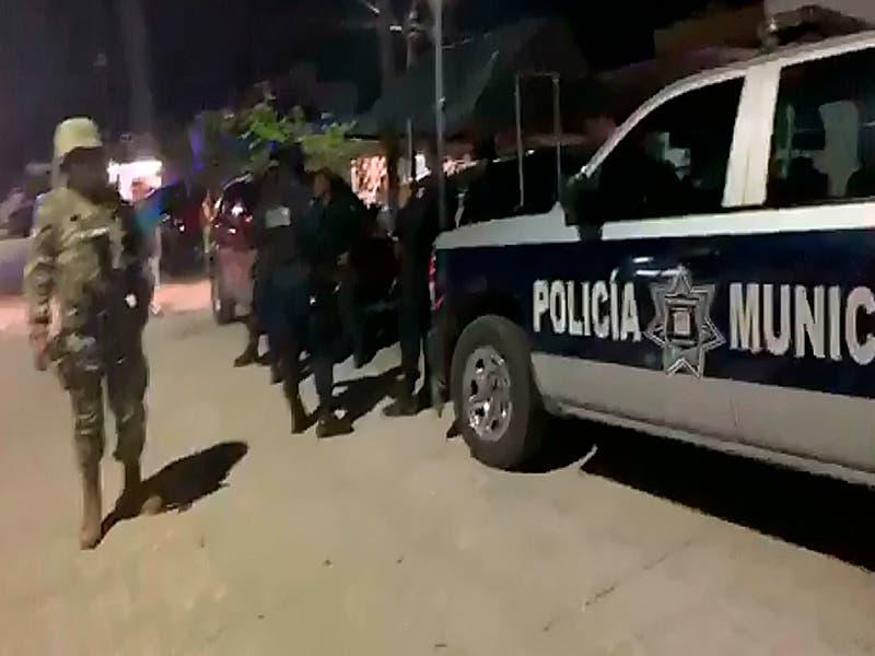 Privan de la libertad a una persona en Donceles, se la llevan en un taxi
