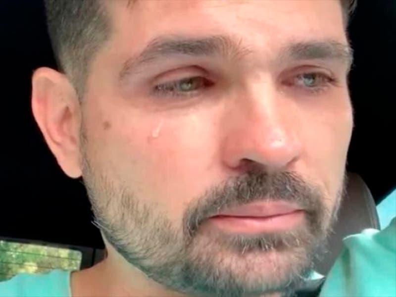 Ferdinando Valencia llorando habla de la salud de Dante