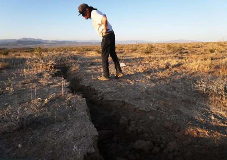 Terremoto en California abrió grieta que se ve desde el espacio