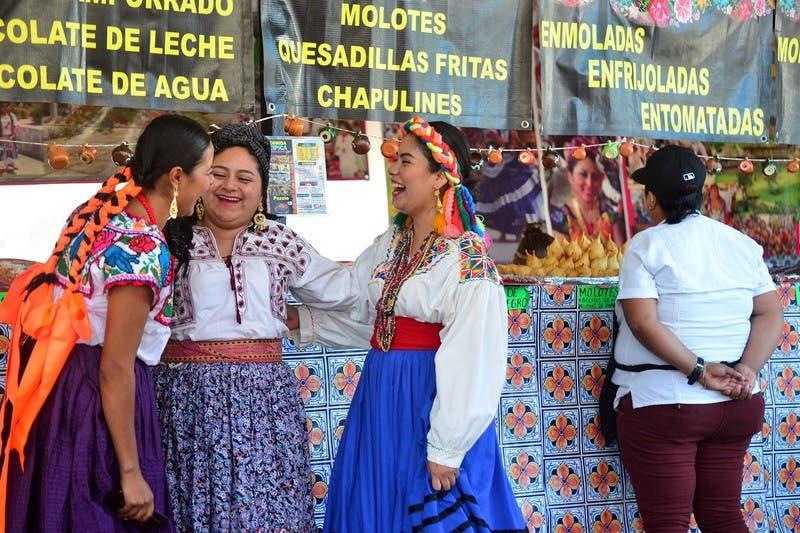 Puerto Morelos y Leona Vicario serán sedes de la Guelaguetza