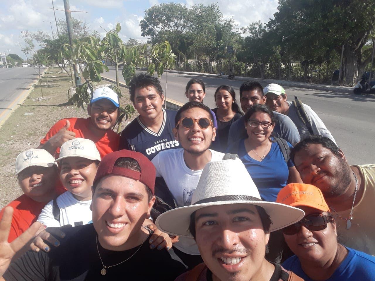 Plantan 130 árboles en Playa del Carmen