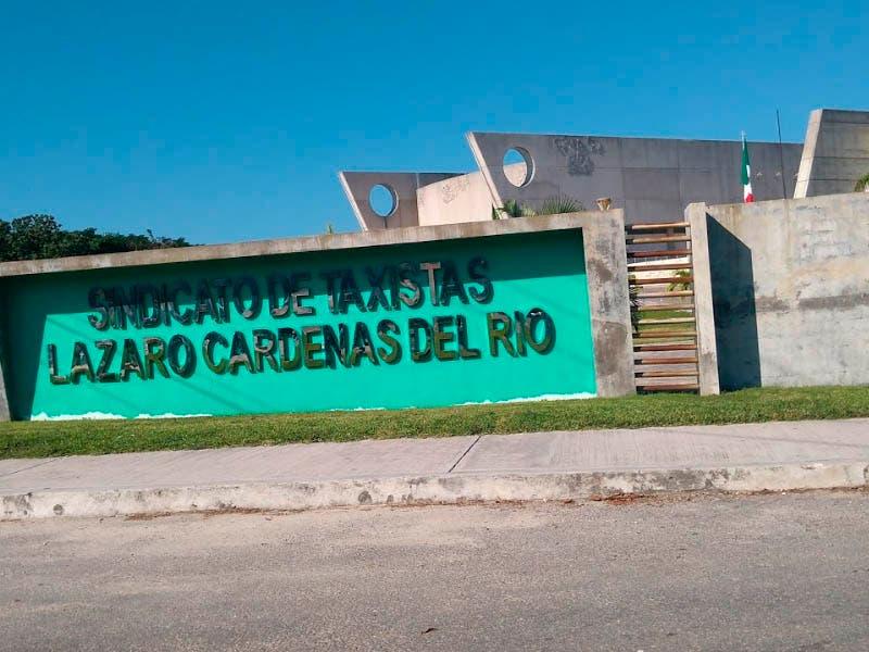 Ejecutan a taxista afiliado al sindicato Lázaro Cárdenas del Río.