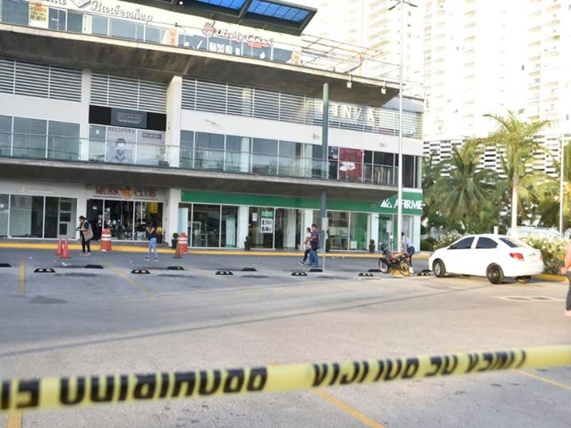 Joven de 18 años muere tras ser baleado en Plaza Solare