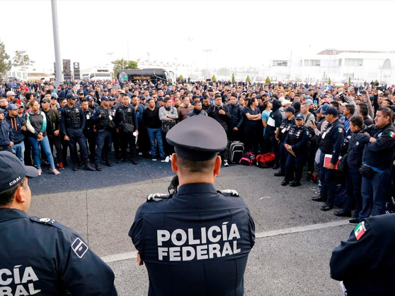 Policías federales en paro, ignorados al pedir indemnización