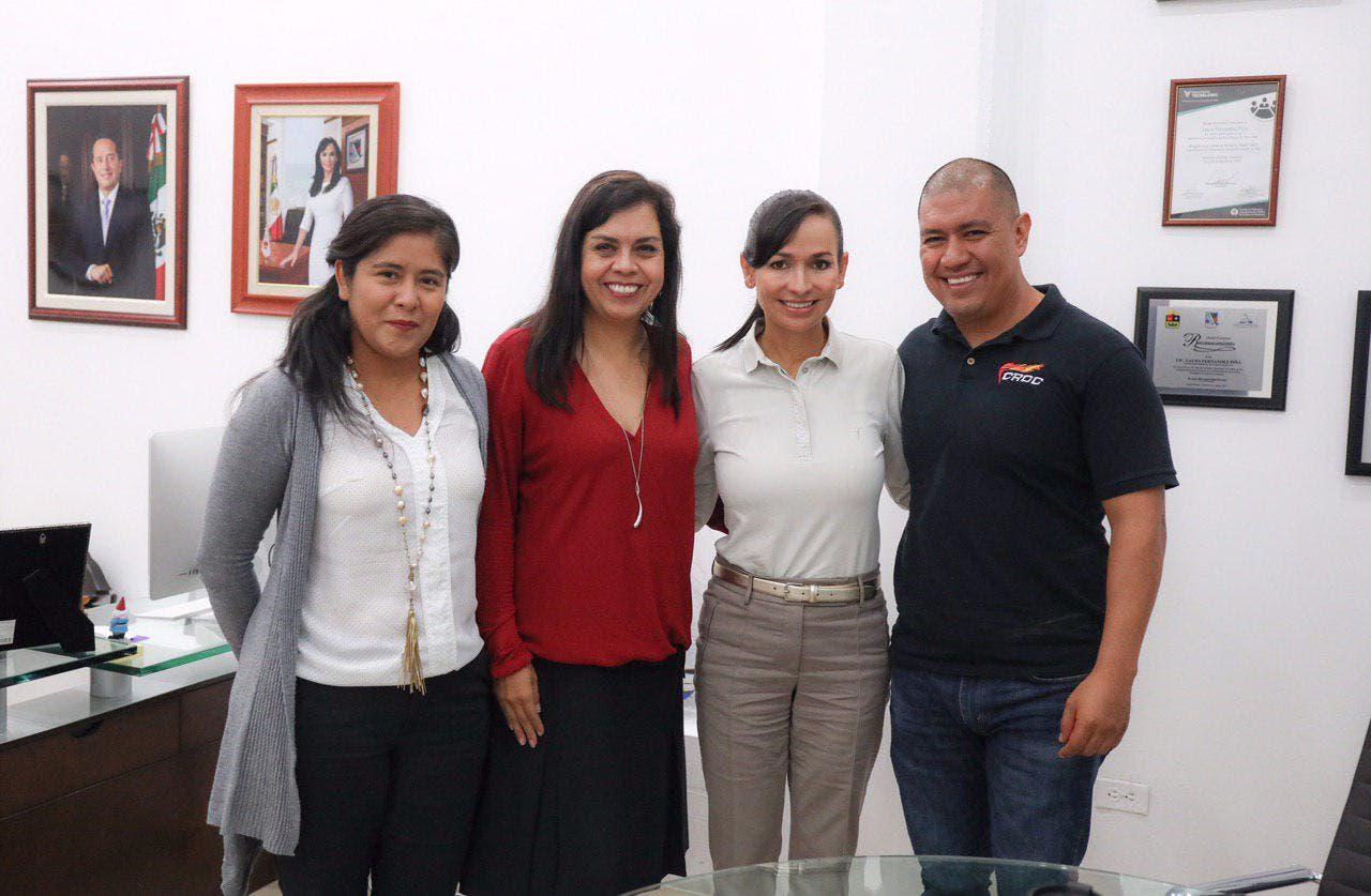 La alcaldesa y presidenta de la Conamm, Laura Fernández Piña, sostiene fructífera reunión con la encargada de despacho de la Sedeso, Rocío Moreno Mendoza
