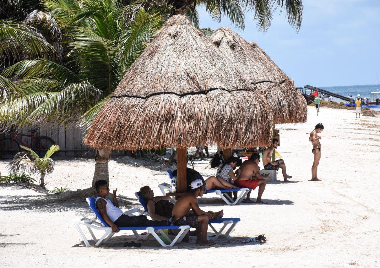 Emite gobierno de Laura Fernández recomendaciones para enfrentar el periodo más caluroso del año