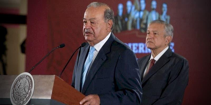 AMLO y Slim celebran acuerdo de gasoductos