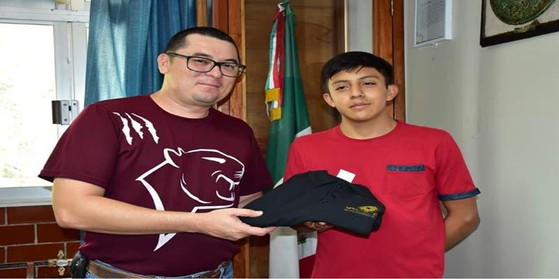 Alumnos del Tecnológico de Felipe Carrillo rumbo al Campamento TecNM