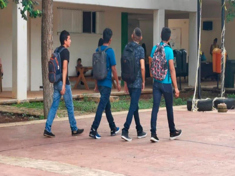 Ingresan más de 177 alumnos a la UIMQROO