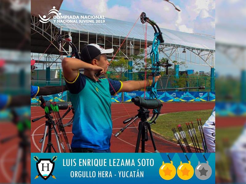 Luis Ledezma, arquero que vende chocolates para representar a México