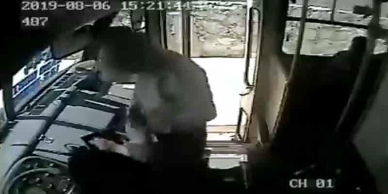 ALERTA: Asaltan con pistola a chofer de la Ruta 44 en Cancún