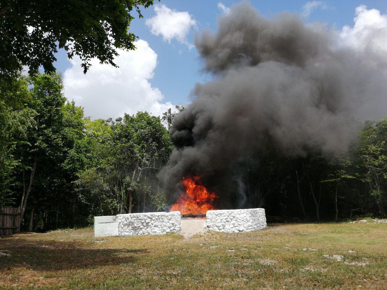 Incineran aproximadamente 400 kilos de cocaína en Bacalar