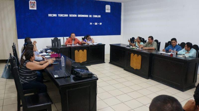 En incertidumbre mantienen a empleados eventuales y de confianza del ayuntamiento de Felipe Carrillo Puerto
