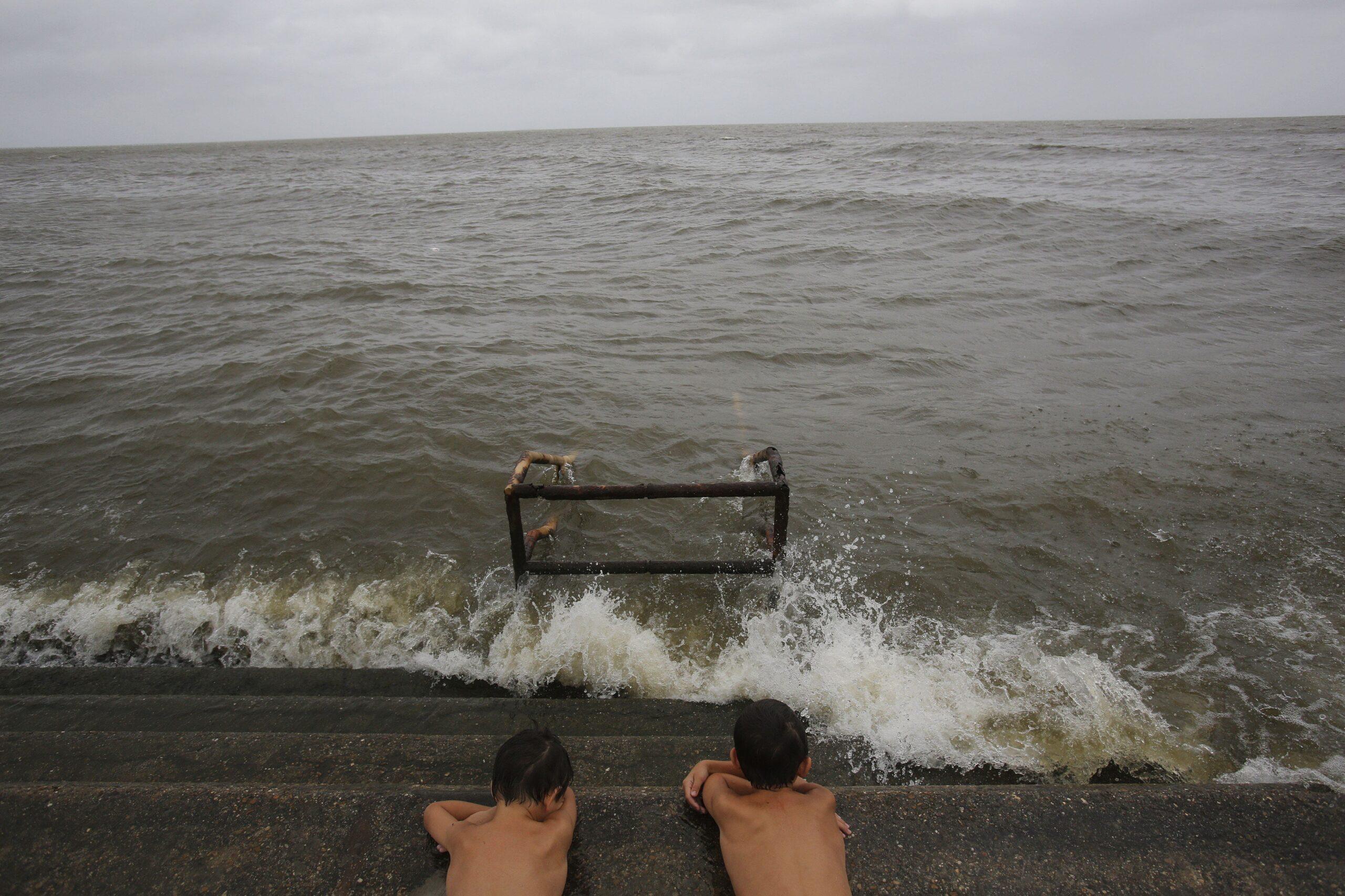 Prevén más huracanes, por fin del fenómeno de El Niño