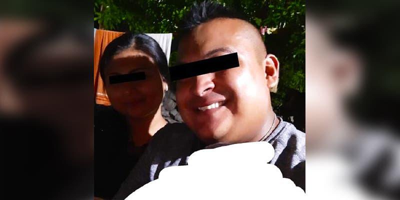 Policía golpea a su novia por 'infiel' y cuando trata de fugarse se derrapa con la moto
