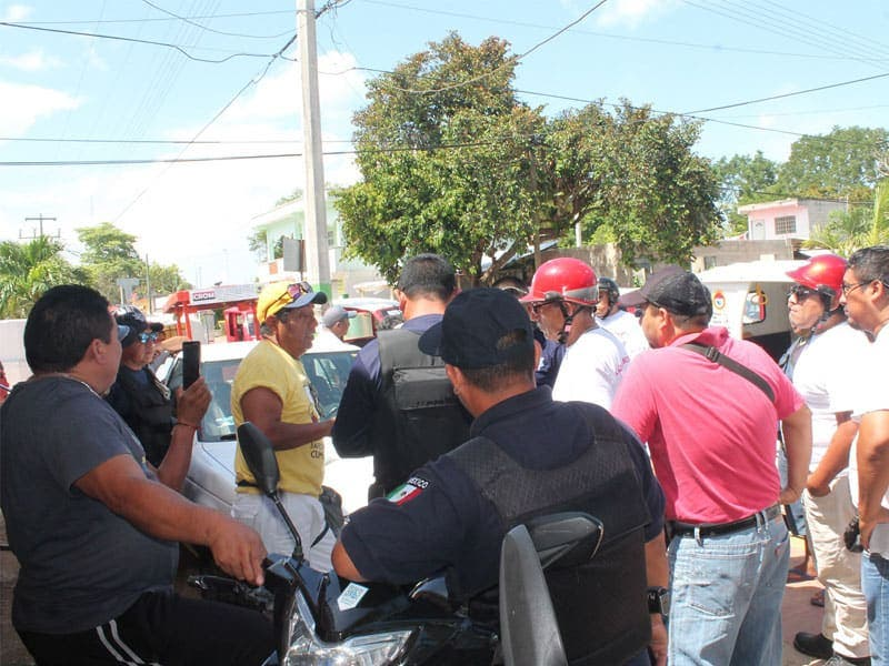 Rechazan más mototaxistas en Lázaro Cárdenas; de acuerdos con dirigentes de centrales obreras, el mercado laboral está saturado.