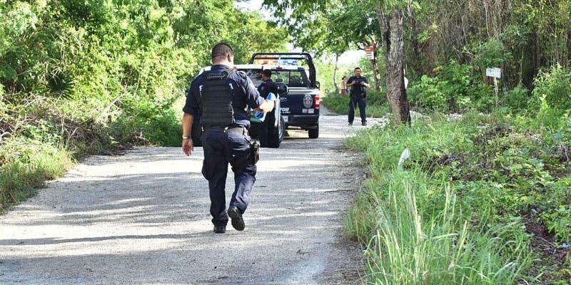 El incidente se reportó alrededor de las 7:15 horas del viernes, luego que fuera descubierto el cuerpo de un hombre semidesnudo.