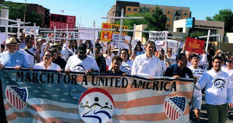 El Paso protesta contra supremacismo y acoso de Trump