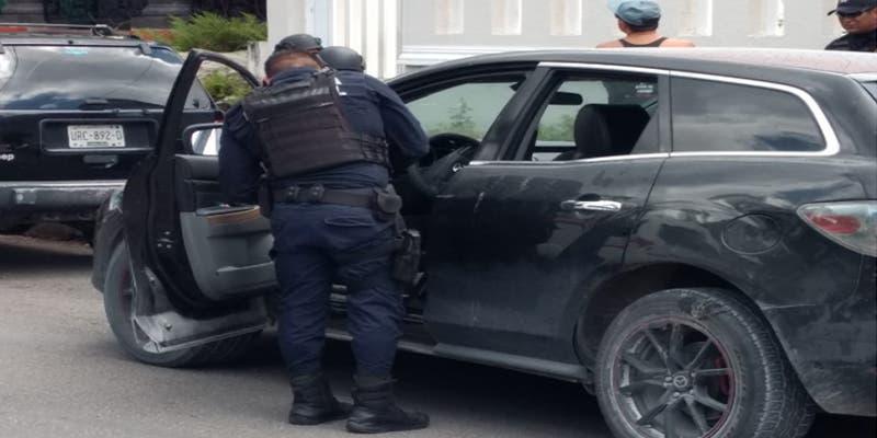 Detienen en Cozumel a 3 sujetos tras encontrarles residuos de marihuana