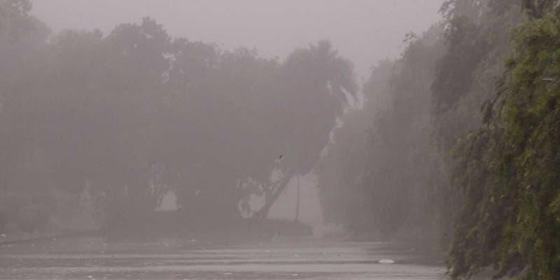 Fuertes lluvias en la Península de Yucatán tras onda tropical No. 28
