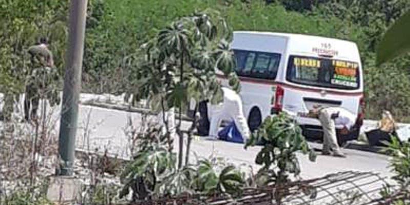 Ejecutan a lavacoches en paradero de combis en Cancún.