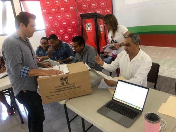Amplia mayoría para Alejandro Moreno Cárdenas
