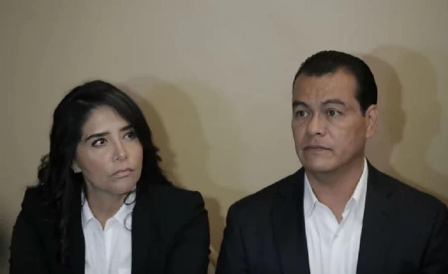 """Renuncian Barrales y Zepeda al PRD; desacuerdo con """"Futuro 21"""""""