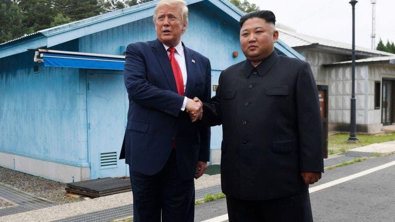 """Manda Kim """"pequeña"""" disculpa, por lanzar misiles, dice Trump"""