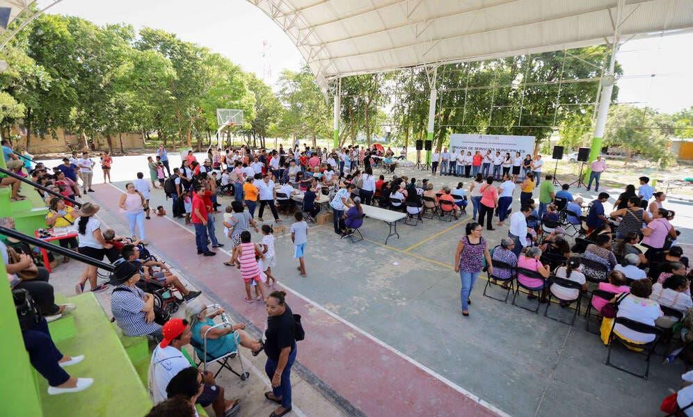 Organiza gobierno de Laura Fernández la brigada de servicios municipales